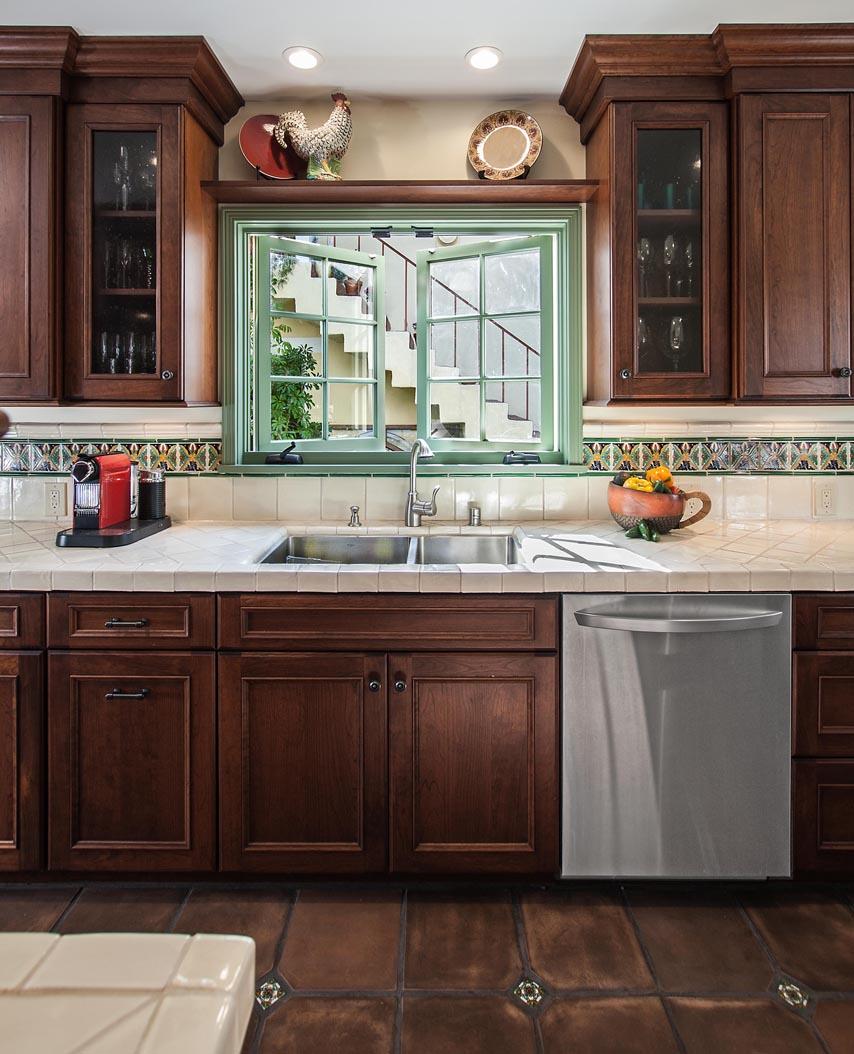 Country Kitchen Cabinets | DeWils