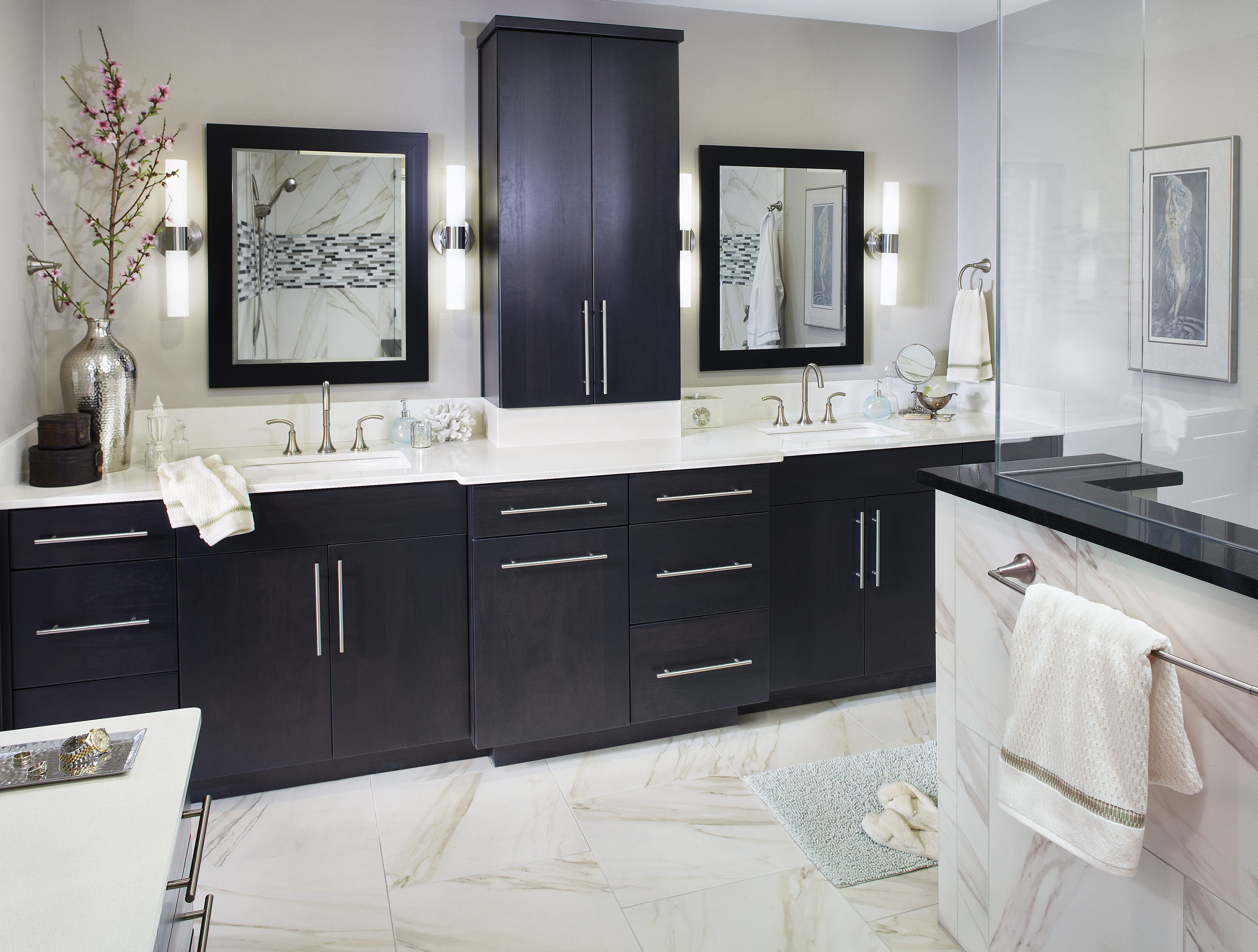 Black and White Master Bathroom Cabinetry