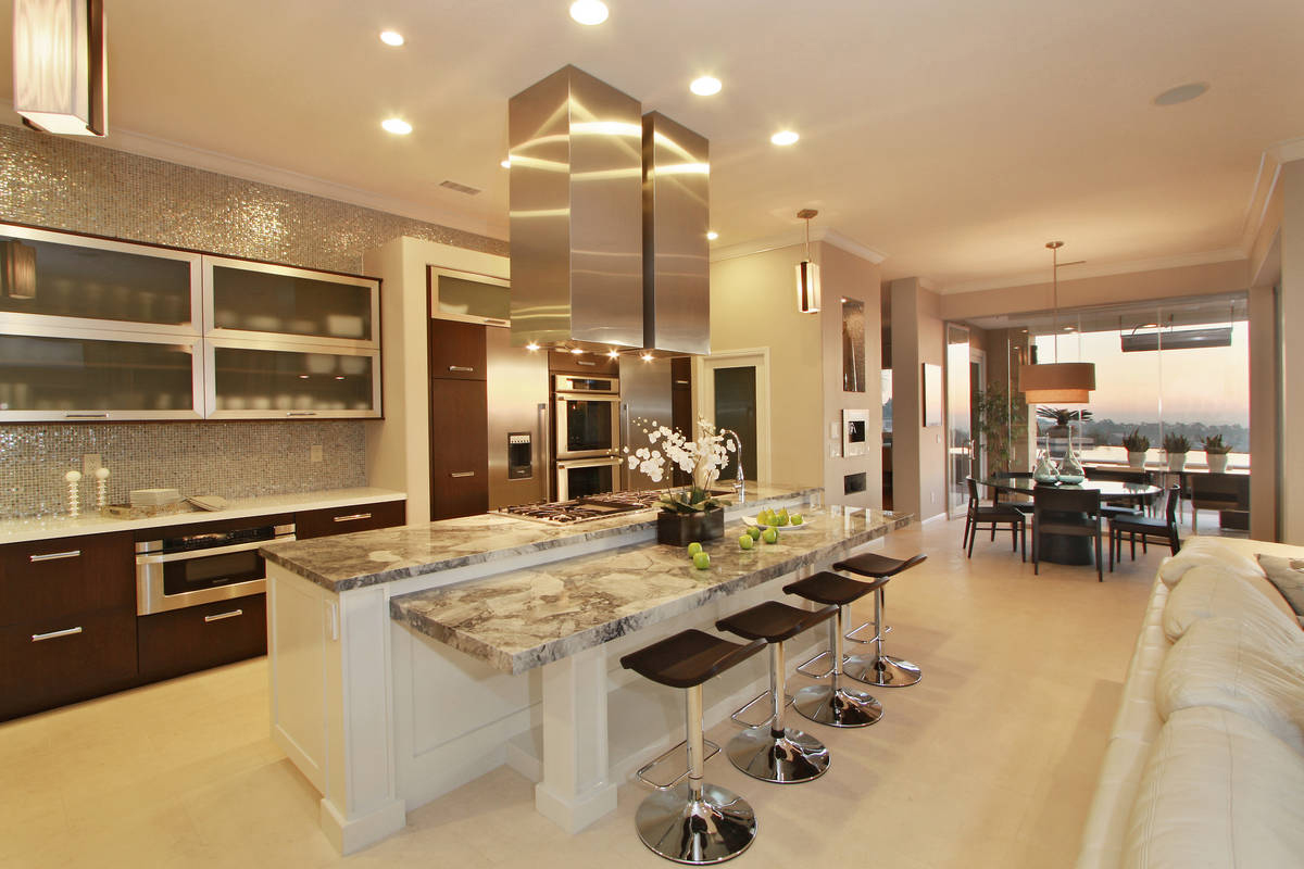 Sleek Kitchen Cabinets