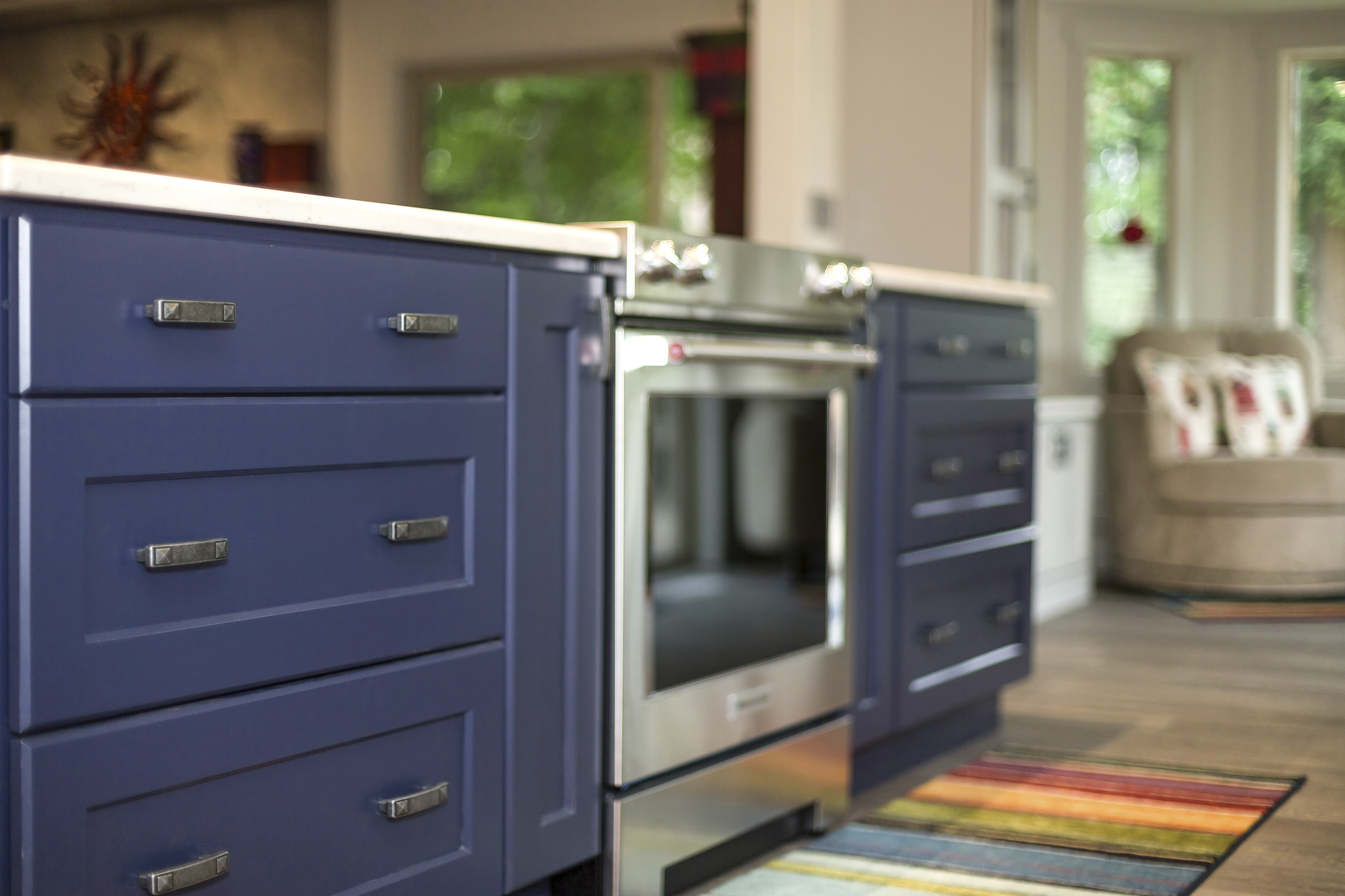 Ash Gray and Indigo Blue Kitchen Cabinetry
