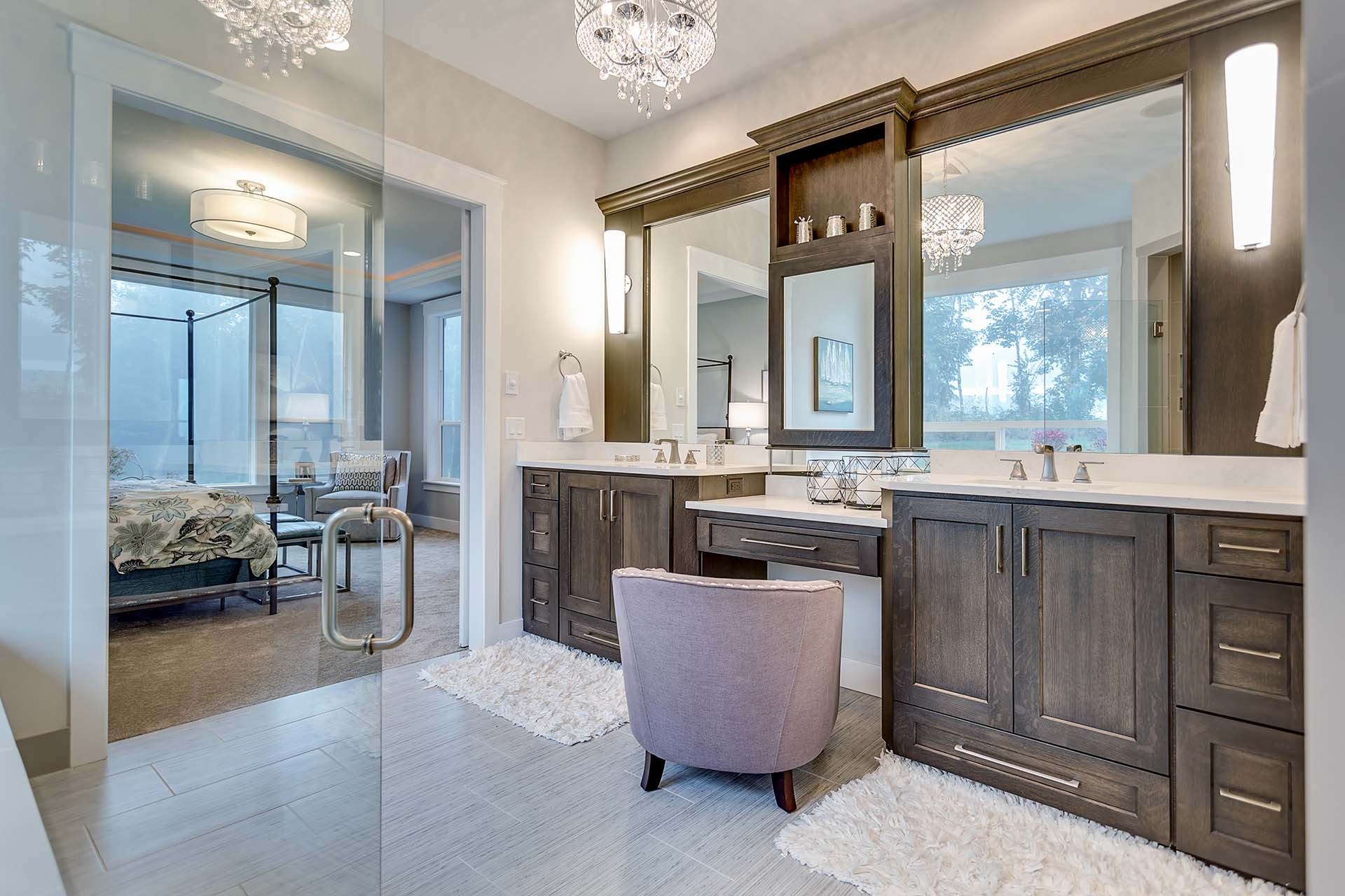 Master Bathroom Cabinetry with Vanity